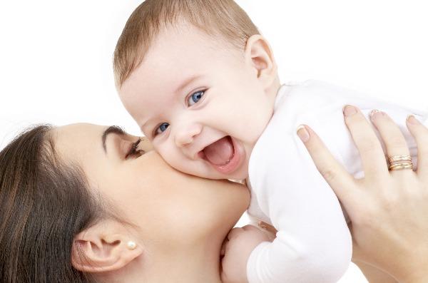 Comment aider les mamans à faire l'ajustement de la couche lavable de bébé ?